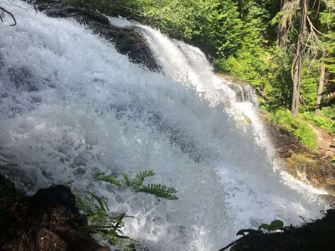 Water rushing past at Moses Falls
